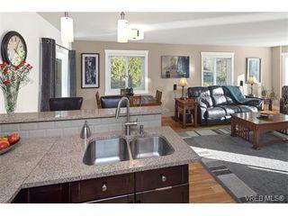 Photo 15: 2002 Corniche Pl in VICTORIA: SE Gordon Head House for sale (Saanich East)  : MLS®# 751432