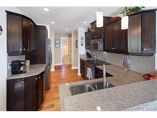 Photo 11: 2002 Corniche Pl in VICTORIA: SE Gordon Head House for sale (Saanich East)  : MLS®# 751432