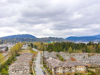 Photo 8: 1901 651 NOOTKA Way in Port Moody: Port Moody Centre Condo for sale : MLS®# R2156484