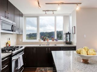Photo 12: 1901 651 NOOTKA Way in Port Moody: Port Moody Centre Condo for sale : MLS®# R2156484