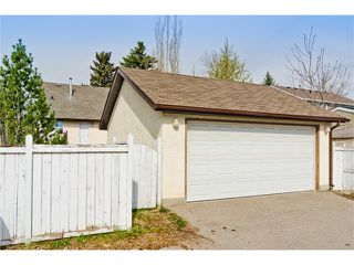Photo 28: 36 Amiens Crescent SW in Calgary: C-018 House for sale : MLS®# C4110227