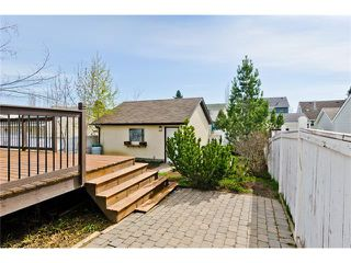 Photo 24: 36 Amiens Crescent SW in Calgary: C-018 House for sale : MLS®# C4110227