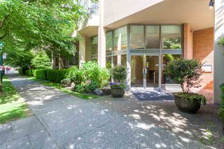 "Photo 2: 416 1707 W 7TH Avenue in Vancouver: Fairview VW Condo for sale in ""Santa Fe"" (Vancouver West)  : MLS®# R2175569"
