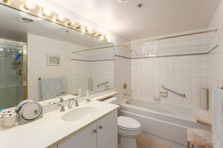 "Photo 12: 416 1707 W 7TH Avenue in Vancouver: Fairview VW Condo for sale in ""Santa Fe"" (Vancouver West)  : MLS®# R2175569"