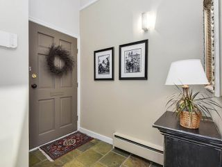 Photo 2: 2268 ALDER STREET in Vancouver: Fairview VW Townhouse for sale (Vancouver West)  : MLS®# R2173350