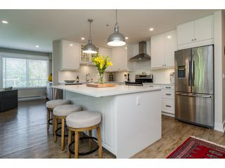 "Photo 10: 312 5419 201A Street in Langley: Langley City Condo for sale in ""VISTA GARDENS"" : MLS®# R2183576"