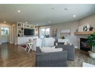"""Photo 7: 312 5419 201A Street in Langley: Langley City Condo for sale in """"VISTA GARDENS"""" : MLS®# R2183576"""