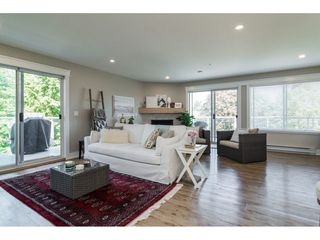 """Photo 5: 312 5419 201A Street in Langley: Langley City Condo for sale in """"VISTA GARDENS"""" : MLS®# R2183576"""