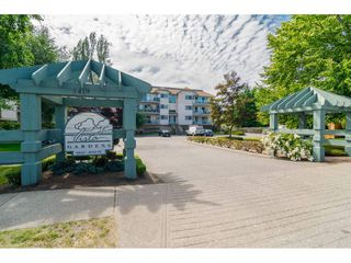 "Photo 1: 312 5419 201A Street in Langley: Langley City Condo for sale in ""VISTA GARDENS"" : MLS®# R2183576"
