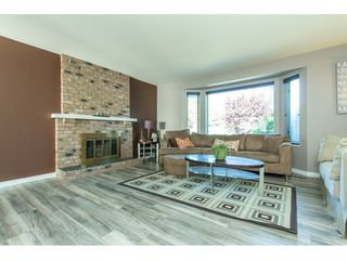 Photo 3: 35281 MARSHALL Road in Abbotsford: Abbotsford East House for sale : MLS®# R2184701