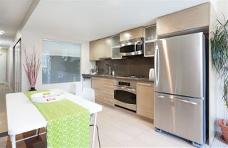 """Photo 3: 701 833 SEYMOUR Street in Vancouver: Downtown VW Condo for sale in """"THE CAPITOL"""" (Vancouver West)  : MLS®# R2185713"""