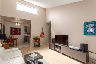"Photo 4: 308 1515 E 5TH Avenue in Vancouver: Grandview VE Condo for sale in ""Woodland Place"" (Vancouver East)  : MLS®# R2202256"