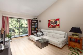 "Photo 2: 308 1515 E 5TH Avenue in Vancouver: Grandview VE Condo for sale in ""Woodland Place"" (Vancouver East)  : MLS®# R2202256"