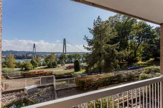 """Photo 17: 416 65 FIRST Street in New Westminster: Downtown NW Condo for sale in """"Kinnard Place"""" : MLS®# R2210523"""