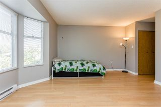 """Photo 10: 416 65 FIRST Street in New Westminster: Downtown NW Condo for sale in """"Kinnard Place"""" : MLS®# R2210523"""