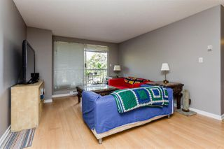 """Photo 3: 416 65 FIRST Street in New Westminster: Downtown NW Condo for sale in """"Kinnard Place"""" : MLS®# R2210523"""