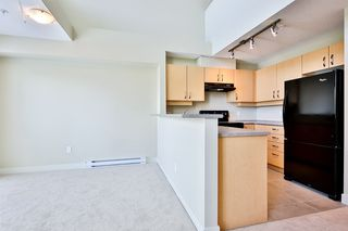 Photo 5: 432 10838 CITY PARKWAY in Surrey: Whalley Condo for sale (North Surrey)  : MLS®# R2186251