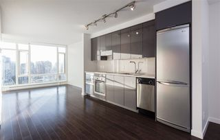 """Main Photo: 2507 161 W GEORGIA Street in Vancouver: Downtown VW Condo for sale in """"COSMO"""" (Vancouver West)  : MLS®# R2211735"""