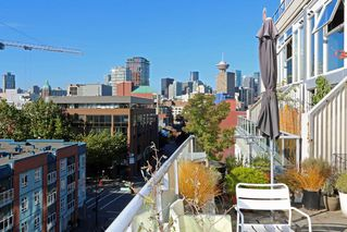 """Main Photo: 609 289 ALEXANDER Street in Vancouver: Hastings Condo for sale in """"EDGE HARBOURFRONT LOFTS"""" (Vancouver East)  : MLS®# R2212018"""