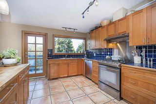 Photo 4: 312 FAIRWAY Drive in North Vancouver: Dollarton House for sale : MLS®# R2221628