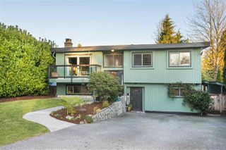 Photo 1: 312 FAIRWAY Drive in North Vancouver: Dollarton House for sale : MLS®# R2221628