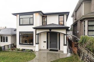 Photo 1: 3240 E 6TH AVENUE in Vancouver: Renfrew VE House for sale (Vancouver East)  : MLS®# R2224190
