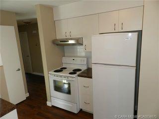 Photo 3: 55 Gordon Street in Red Deer: RR Glendale Park Estates Residential for sale : MLS®# CA0034675