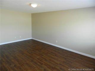 Photo 8: 55 Gordon Street in Red Deer: RR Glendale Park Estates Residential for sale : MLS®# CA0034675