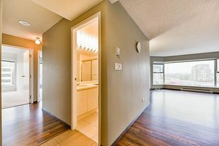 "Photo 4: 402 8081 WESTMINSTER Highway in Richmond: Brighouse Condo for sale in ""RICHMOND LANDMARK"" : MLS®# R2236977"