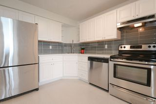 "Photo 1: 807 6651 MINORU Boulevard in Richmond: Brighouse Condo for sale in ""PARK TOWERS"" : MLS®# R2270850"