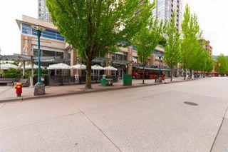 """Photo 19: 401 2980 ATLANTIC Avenue in Coquitlam: North Coquitlam Condo for sale in """"LEVO"""" : MLS®# R2276716"""