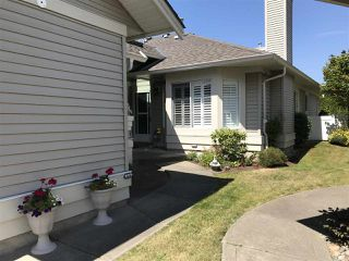 "Photo 3: 22 16888 80 Avenue in Surrey: Fleetwood Tynehead Townhouse for sale in ""Stonecroft"" : MLS®# R2298673"
