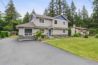 "Photo 2: 19783 40A Avenue in Langley: Brookswood Langley House for sale in ""Brookswood"" : MLS®# R2308583"