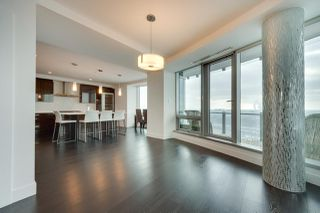 Photo 6: 2703 11969 JASPER Avenue in Edmonton: Zone 12 Condo for sale : MLS®# E4135423
