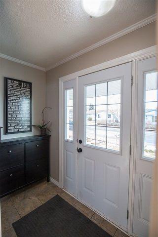 Photo 9: 10708 36 Street in Edmonton: Zone 23 House for sale : MLS®# E4137385