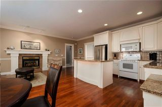 Photo 9: 356 SIGNATURE Court SW in Calgary: Signal Hill Semi Detached for sale : MLS®# C4220141