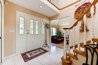 "Photo 2: 6282 E BOUNDARY Drive in Surrey: Panorama Ridge House for sale in ""Boundary Park"" : MLS®# R2330124"