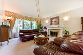 "Photo 4: 6282 E BOUNDARY Drive in Surrey: Panorama Ridge House for sale in ""Boundary Park"" : MLS®# R2330124"
