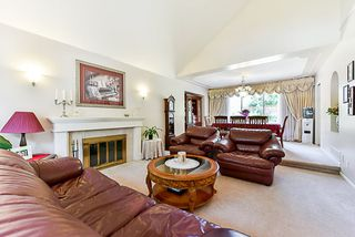 "Photo 3: 6282 E BOUNDARY Drive in Surrey: Panorama Ridge House for sale in ""Boundary Park"" : MLS®# R2330124"
