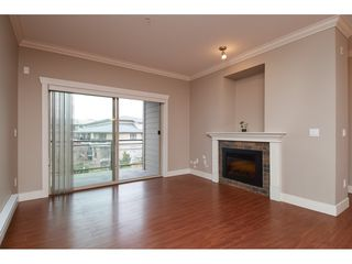 "Photo 2: 306 15368 17A Avenue in Surrey: King George Corridor Condo for sale in ""OCEAN WYNDE"" (South Surrey White Rock)  : MLS®# R2332910"
