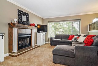 Photo 2: 9126 212A Place in Langley: Walnut Grove House for sale : MLS®# R2347718