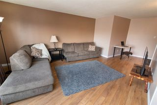 Photo 2:  in Edmonton: Zone 22 Condo for sale : MLS®# E4148837