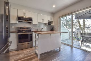 """Photo 6: 9 6415 197 Street in Langley: Willoughby Heights Townhouse for sale in """"Logan's Reach"""" : MLS®# R2354869"""