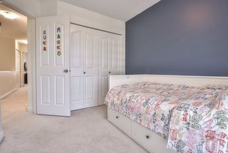 """Photo 16: 9 6415 197 Street in Langley: Willoughby Heights Townhouse for sale in """"Logan's Reach"""" : MLS®# R2354869"""