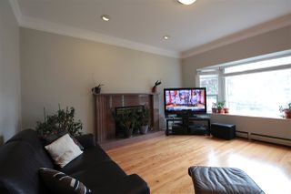 Photo 4: 3259 E 46TH Avenue in Vancouver: Killarney VE House for sale (Vancouver East)  : MLS®# R2357339