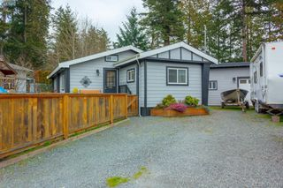 Main Photo: 2463 Selwyn Rd in VICTORIA: La Thetis Heights Single Family Detached for sale (Langford)  : MLS®# 810897