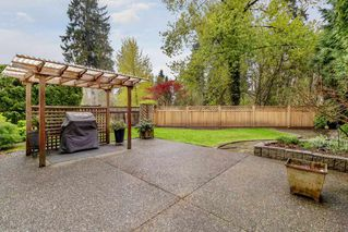 """Photo 3: 6 1135 LANSDOWNE Drive in Coquitlam: Eagle Ridge CQ Townhouse for sale in """"CREEKSIDE ESTATES"""" : MLS®# R2360623"""