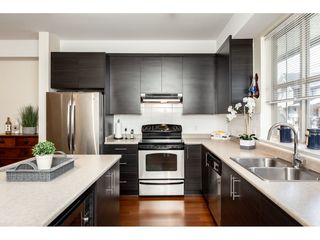 """Photo 7: 92 9525 204 Street in Langley: Walnut Grove Townhouse for sale in """"TIME"""" : MLS®# R2364816"""