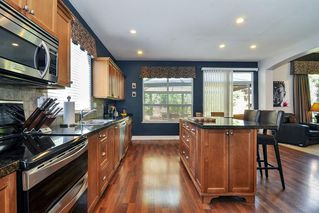 """Photo 6: 6765 204B Street in Langley: Willoughby Heights House for sale in """"Tanglewood"""" : MLS®# R2365146"""