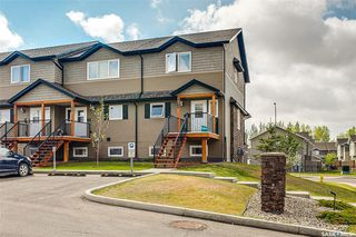 Photo 4: 812 110 Shillington Crescent in Saskatoon: Blairmore Residential for sale : MLS®# SK773464